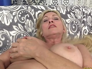 Orgasmic Machine Fuck-fest With Buxomy Blonde Gilf Cala Covets