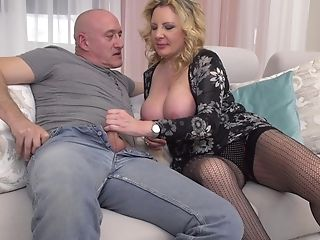 Matures Inexperienced Blonde Mummy Valentina Takes Jizm Down Her Gullet