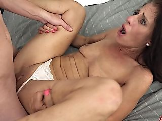 Shagging With Insatiable Mom I´d Like To Fuck Lady - Keli Richards