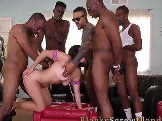 Stunner Bukkaked By Bbcs