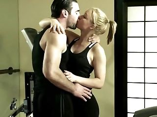 After Training Sport Instructor Fucks This Hot Blonde