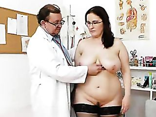 Big-boobed Madam Ob Gyn Exploration