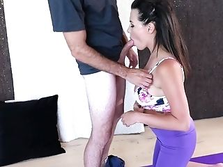 Mummy In Floral Top And Purple Stretch Pants Blows Coach's Yummy Dick