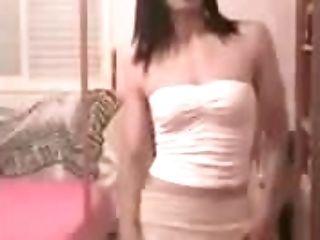 Sexy Transgirl Having A Dance