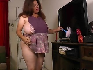 My Beloved Vids Of Latina Cougars Cleaning