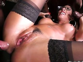 Dava Foxx Is Slender Whore Who Doesn't Mind Being Penetrated By Black Studs
