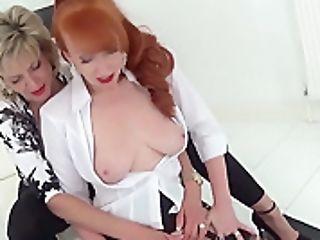 Crimson Cums Very Hard On The Fucking Machine - Ladysonia
