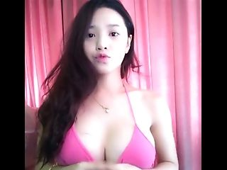 Excited Asian beauty nude useful