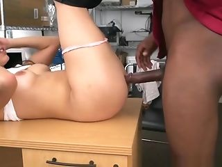 Casting Sweetie Banged By Her Black Agent