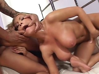 Simony Diamond And Jessica Moore
