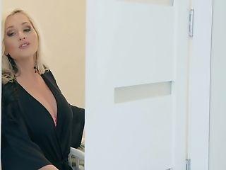 Buxom Blur Ryed Bombshell Stunner Alena Croft Gets Jizz On Tits