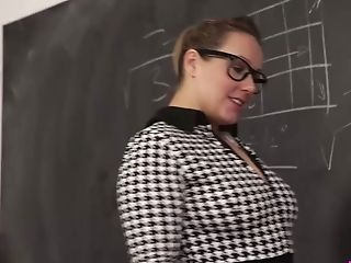 Chubby Nerdy Mummy Ashley Rider Is Impatient To Have Fun With Her Face Stiffy