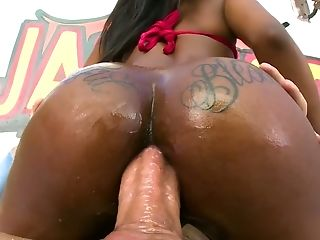 Black Stud Drills Black Pink Pucker Of Whorey Dark-hued Chick Sarah Banks