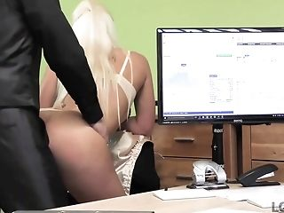 Gorgeous Blonde With Ideal Figure Offers Agent Fuckfest For Cash