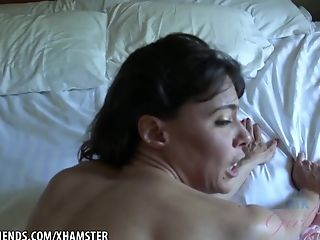 Opinion, herself mature an gives orgasm amateur something