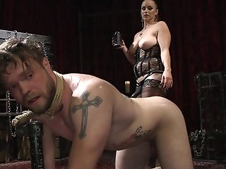 Big-titted Mistress Bella Rossi Masturbates And Taunts Her Boy Toy