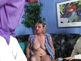 Old Duo Likes Having Dirty Threesome Hook-up For The First-ever Time