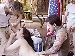 Guiltless Teenage From The City Fucked By Southern Rednecks