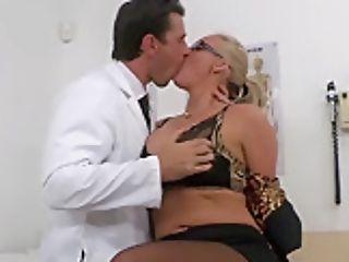 Brazzers - Doctors Venture - Phoenix Marie Manuel Ferrara - Doc Orgasm