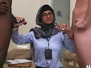 Wicked Sweetheart Mia Khalifa Cums While Railing