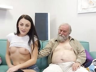 This Teenager Seems To Drive Guys Crazy And She Loves This Old Fart's Oral Abilities