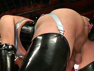 Shemale Black-haired Jessica Fox Wrecks Random Dude's Asshole