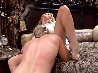 Kelly Madison Is A Fuck-a-thon Queen Ready For A King's Big Dick