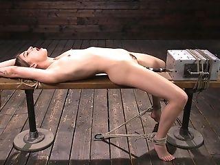 Wild Stunner Kristen Scott Is Testing Fresh Lovemaking Plaything In The Dark Sadism & Masochism Room