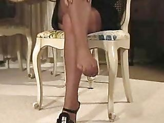 Footjob In Taupe Ff Nylons