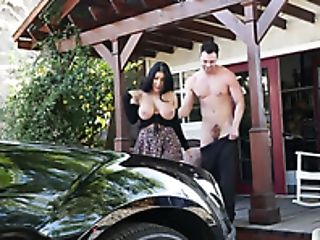 Slender Honey With Giant Juggs August Taylor Gives Fantastic Head And She's Sexy Af