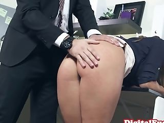 Office Gf Spanked By Manager Before Watching Hookup